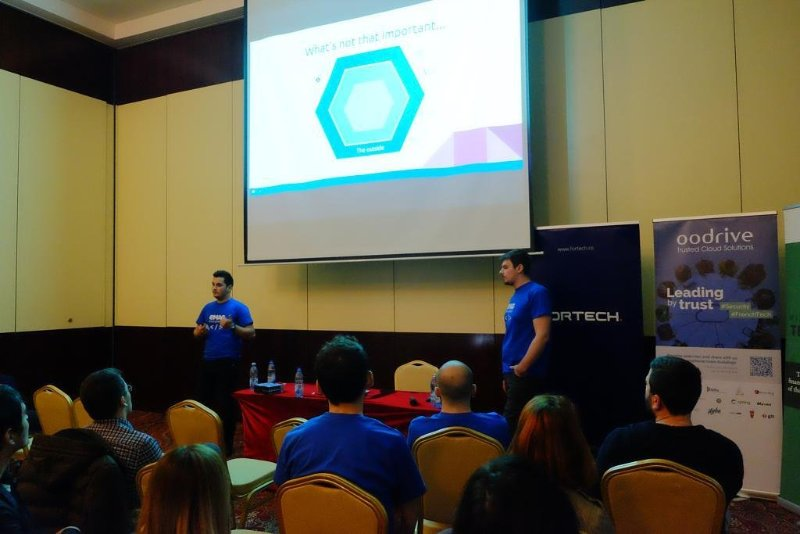 Hexagonal Architecture presentation at CodeCamp Iasi 2017
